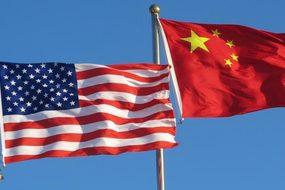 Mỹ - Trung bên bờ vực chiến tranh thương mại