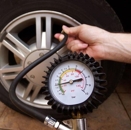 Đổ xăng thế nào để bảo vệ động cơ xe?