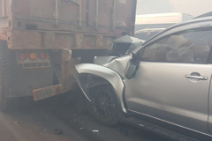 Nhân viên cao tốc đốt rác gây tai nạn trên cao tốc Long Thành?