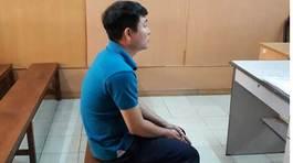 Lãnh án nặng, nguyên cán bộ BV Nguyễn Tri Phương ngất xỉu