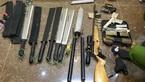 2 cha con bị bắn trước sân ở Đà Lạt, phát hiện cả kho súng đạn