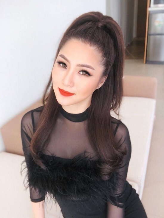 Kỳ Duyên 'dìm hàng' chiều cao mỹ nhân Việt không thương tiếc