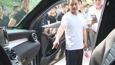'Quái kiệt' người Trung Quốc đập kính ô tô trộm hàng tỷ đồng