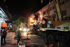 'Hố tử thần' nuốt cùng lúc máy xúc và 2 xe máy ở Quảng Ninh
