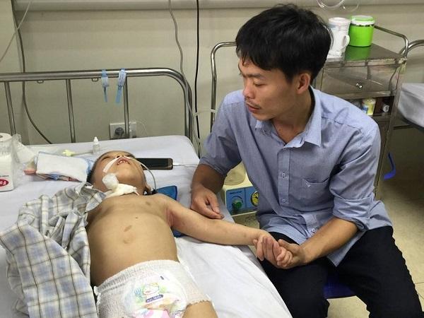 hoàn cảnh khó khăn,bệnh hiểm nghèo,từ thiện vietnamnet,ủng hộ người nghèo,bại não,trẻ em bại não