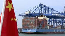 """Trung Quốc sẽ tung """"chiêu độc"""" nếu chiến tranh thương mại với Mỹ?"""