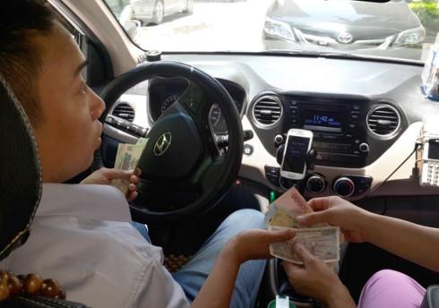 Uber,Grab,xe hợp đồng,taxi