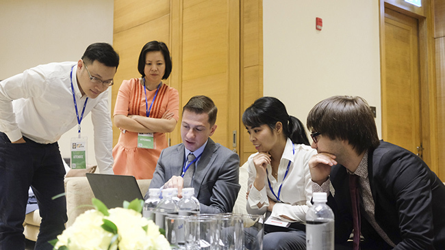 Người Việt có nên từ bỏ mạng xã hội Facebook?