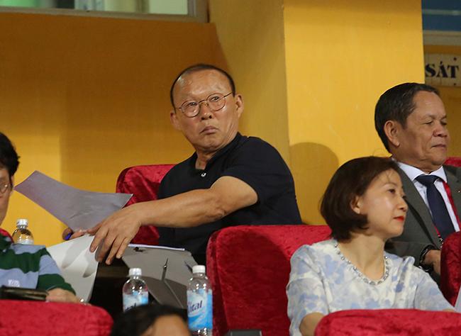 HLV Park Hang Seo và chuyến 'đi câu' thất bại...