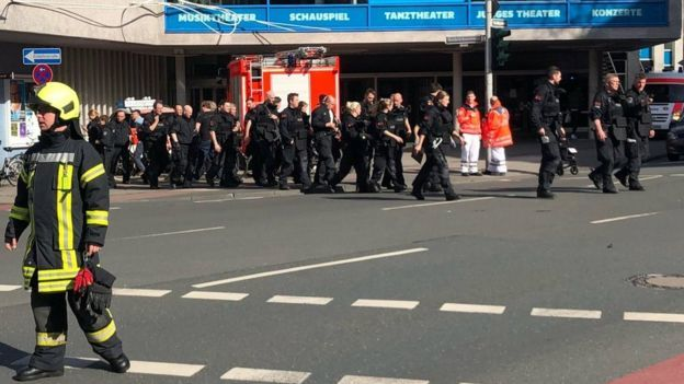 Xe tải lao vào đám đông tại Đức, hơn 30 người thương vong