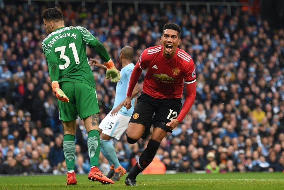 Mourinho nói gì khiến MU chơi 'lên đồng' ở hiệp hai?