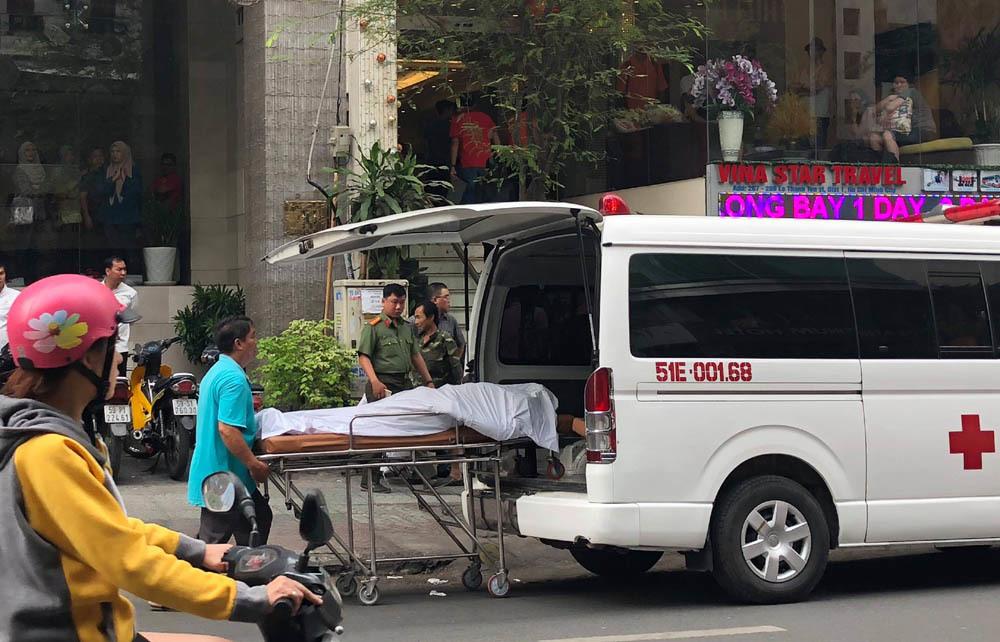 Phát hiện người nước ngoài gục chết trên vỉa hè Sài Gòn