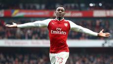 Welbeck lập cú đúp, Arsenal thắng siêu kịch tính