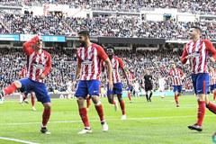 Griezmann đáp trả Ronaldo, Atletico giật điểm từ tay Real Madrid