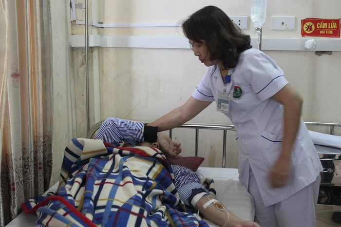 đánh bác sĩ,Hà Tĩnh,bệnh viện Đa khoa Hà Tĩnh,Hành hung bác sĩ