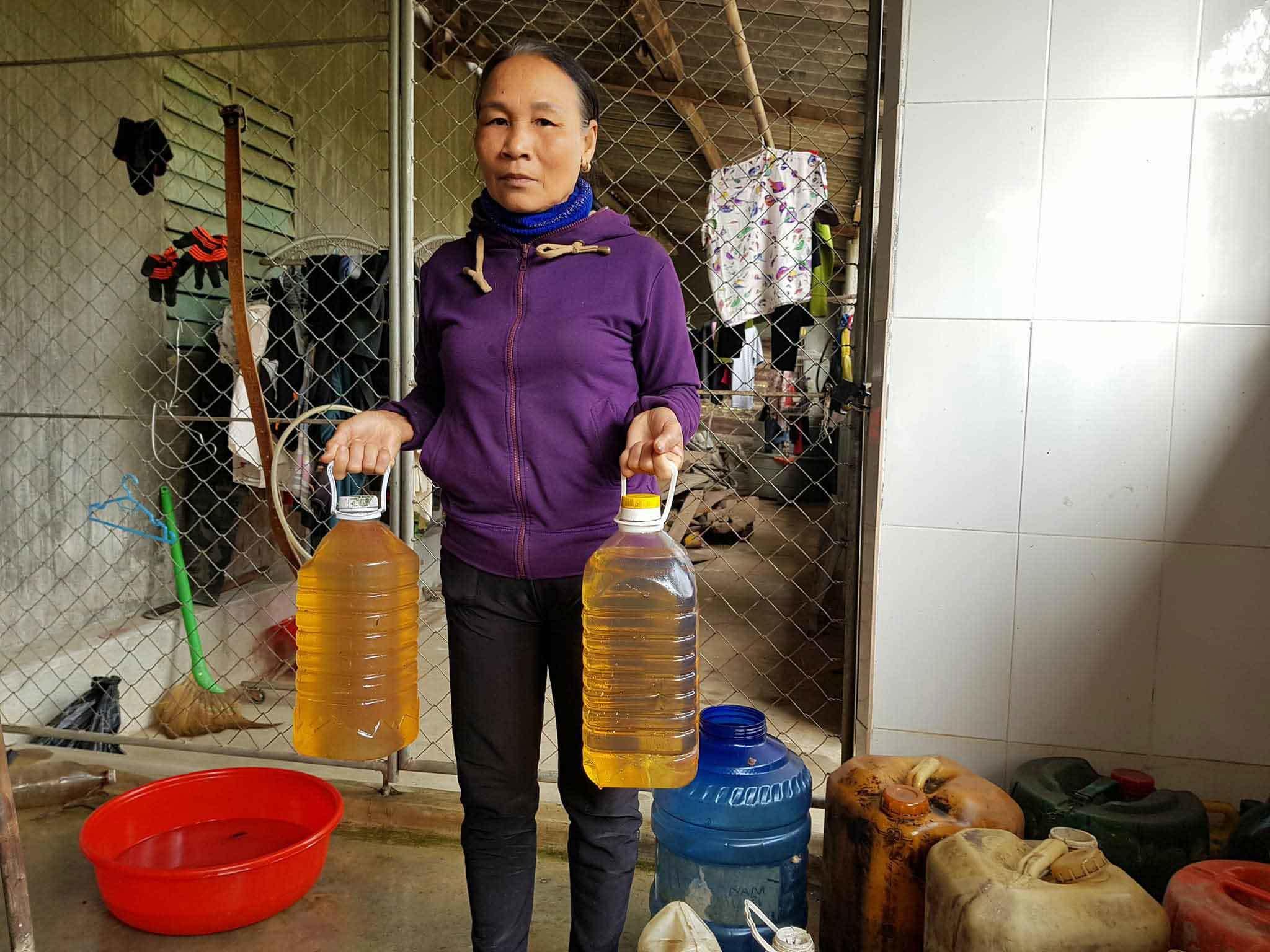Kỳ lạ nước giếng bốc cháy như dầu ở Hà Tĩnh