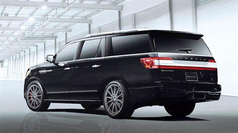 Xe độ Lincoln Navigator mạnh ngang siêu xe