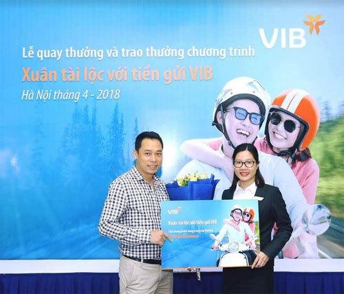 Gần 1000 khách hàng trúng vàng khi gửi tiền tại VIB