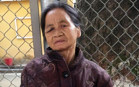 Vụ 2 vợ chồng giết người họ hàng: Chồng ghì để vợ cắt chân, tay