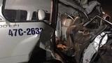 Xe cứu thương vỡ nát sau cú tông liên hoàn, 3 người tử nạn