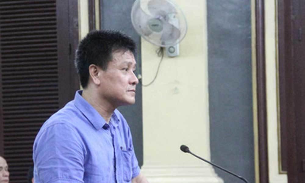 Vụ cựu Hải quan nhận 40 phong bì: Đề nghị điều tra 'sếp' của bị cáo