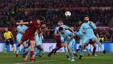 Hất cẳng Barca, Roma viết chuyện cổ tích ở Champions League