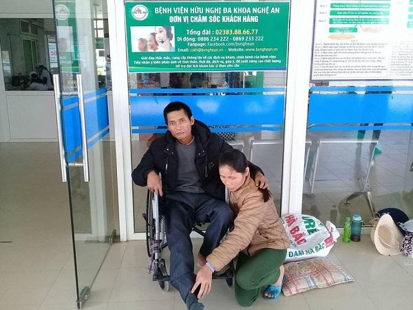 Mắc bệnh hiểm nghèo, người đàn ông cụt dần cả chân lẫn tay