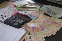 Đang hưởng án treo thì tái phạm tội đánh bạc