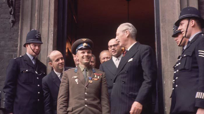Ngày này năm xưa: Người Liên Xô lập kỳ tích chấn động lịch sử thế giới