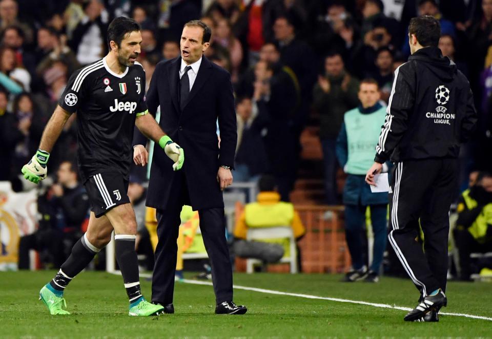 Buffon uất nghẹn nói trọng tài thiếu năng lực, thiên vị Real