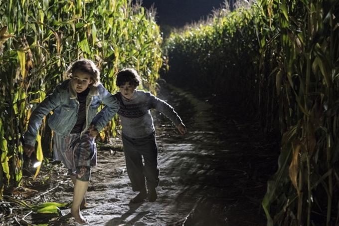 Phim 'Vùng đất câm lặng' khiến người xem nơm nớp lo sợ