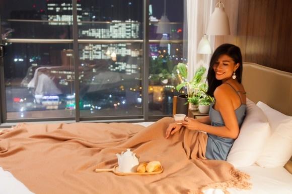 Chiêm ngưỡng căn penthouse sang trọng của Trang Lạ và chồng Việt kiều