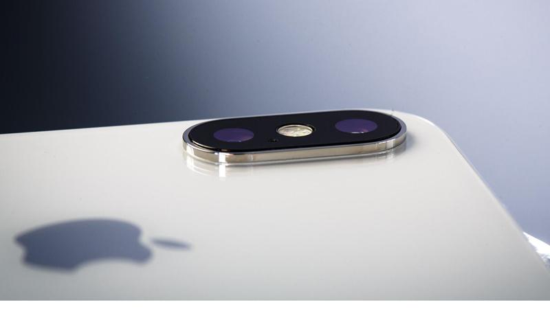 iPhone mới sẽ trang bị 3 camera mặt sau?