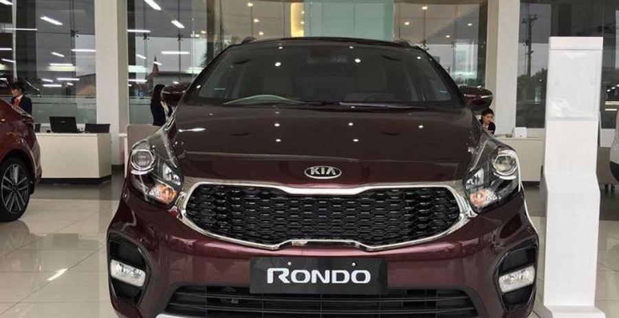 Ô tô Mazda, Kia bất ngờ tăng giá