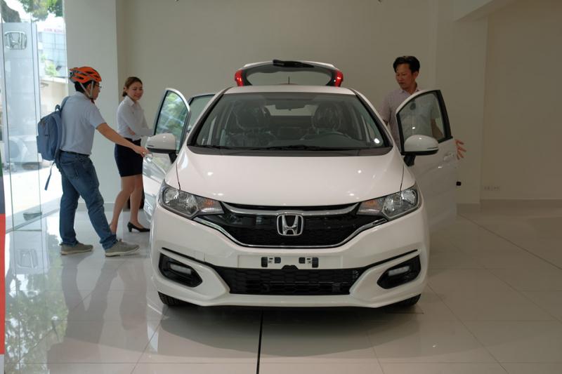 Người Việt mua ô tô có xu hướng mặc cả nhiều hơn