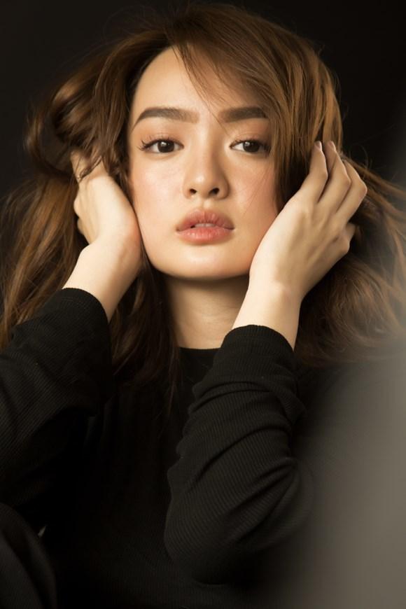 Loạt ảnh gợi cảm của hotgirl 'Em chưa 18' Kaity Nguyễn