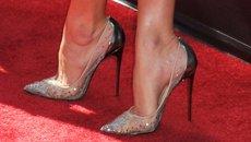 Chuộng giày cao gót dè chừng vô sinh