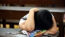 Khi phụ huynh òa khóc: Con tôi không thể lỡ kỳ thi… thử này