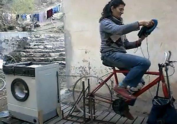 Phát sốt với chiếc máy giặt không cần cắm điện