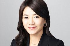 Con gái chủ tịch tập đoàn ném chai nước vào mặt nhân viên: Dân Hàn sôi sục