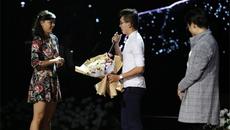Chàng trai cầu hôn bạn gái trước 2.000 người trong show Hà Anh Tuấn