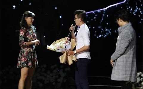 chàng trai cầu hôn trong show Hà Anh Tuấn