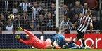 Thua đau Newcastle, Arsenal nguy cơ mất vé dự Europa League