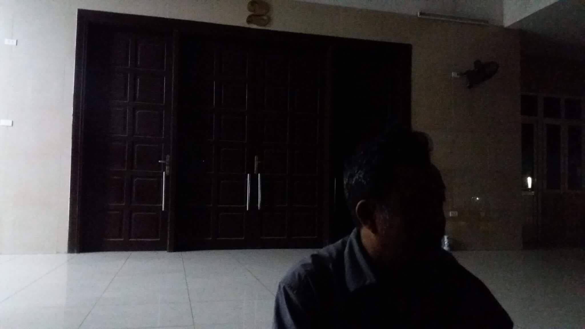 Đi mua cơm cho mẹ, cô gái bị ô tô đâm tử vong trước BV Bạch Mai