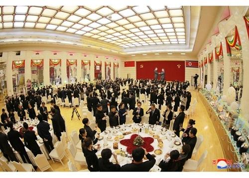 Kim Jong Un,Triều Tiên,Trung Quốc,đoàn nghệ thuật