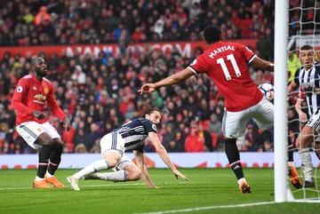 MU tự thua: Mourinho mua vui cho Pep và Man City