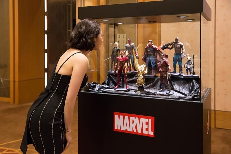 Bảo Anh tự tin trò chuyện với dàn sao 'Avengers: Cuộc chiến vô cực'