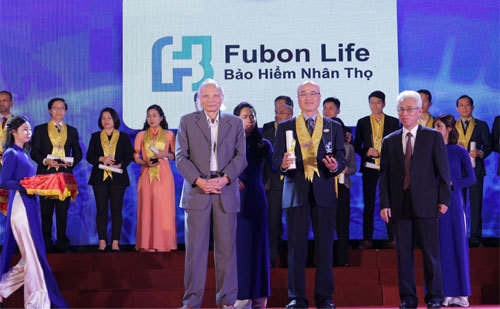 Fubon Life Việt Nam 6 năm liền nhận giải thưởng Rồng Vàng