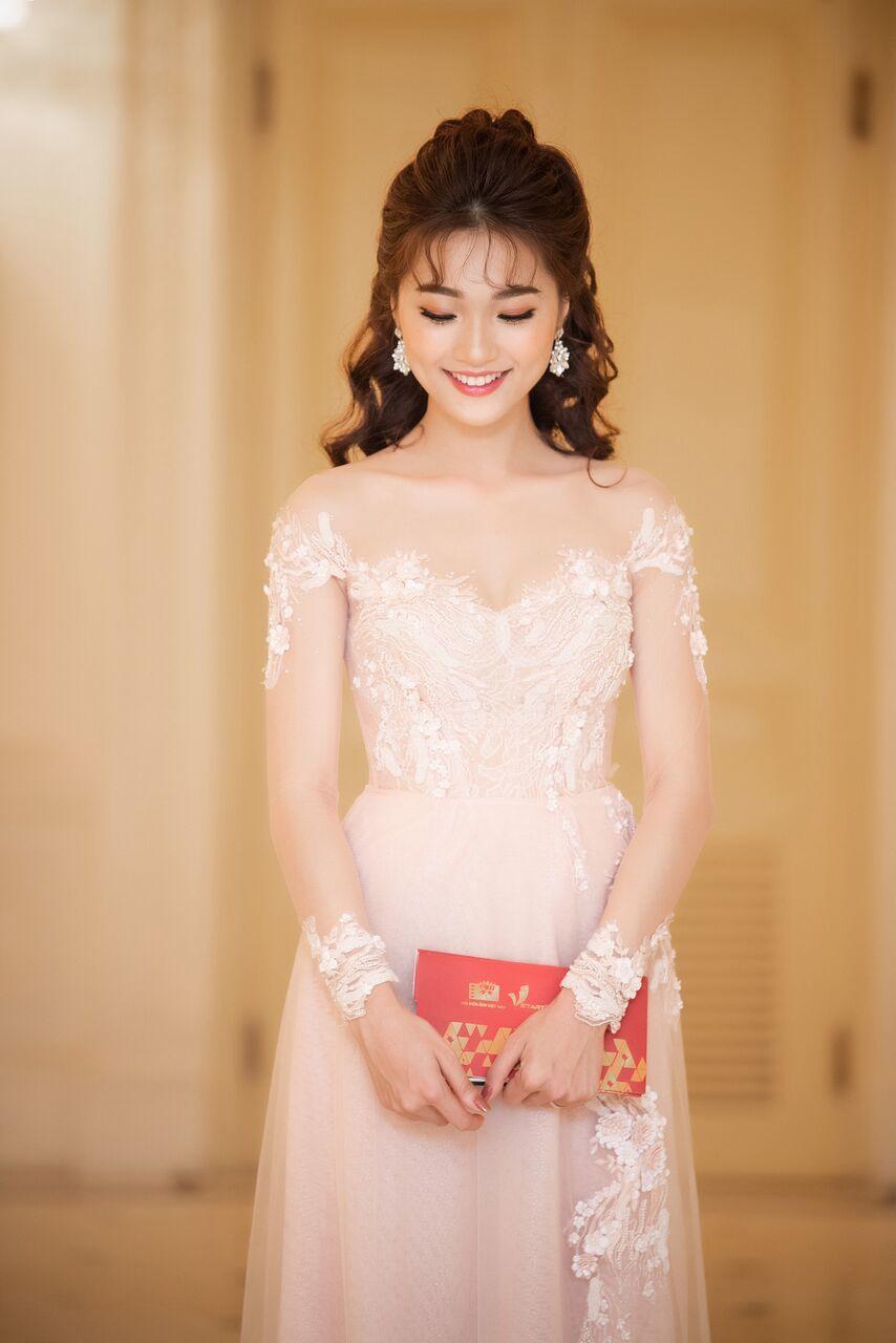 Hot girl,Ngọc Nữ,Midu