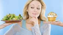 10 mẹo giúp bạn dễ dàng kiểm soát ăn uống